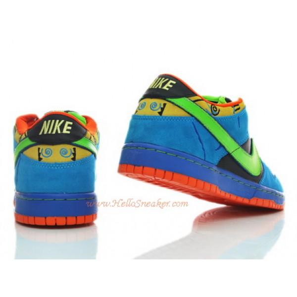 6fac24c5e1ab 304292-073 Nike Dunk Low SB Kids Skate or Die K03006